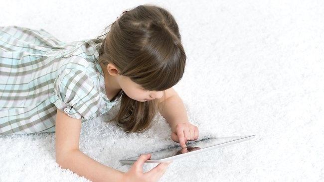 Médico británico trata la adicción al iPad de una niña de 4 años 2