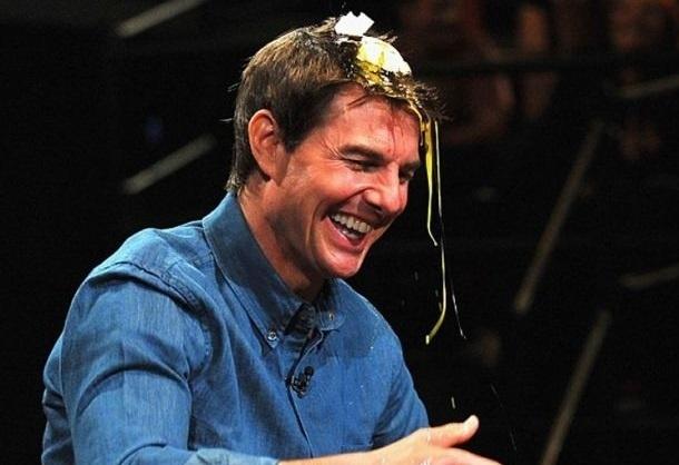 Tom Cruise, a huevazos 10