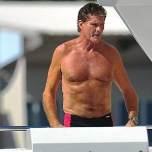 David Hasselhoff no está nada mal para tener 60 años 25