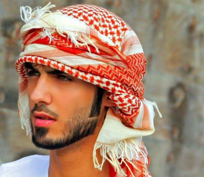 """Omar Borkan Al Gala FB - Expulsado de Arabia por ser""""demasiado guapo"""""""