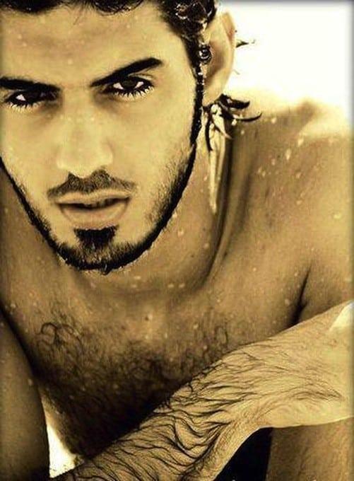 "d0bed0bcd0b0d180 - Expulsado de Arabia por ser""demasiado guapo"""
