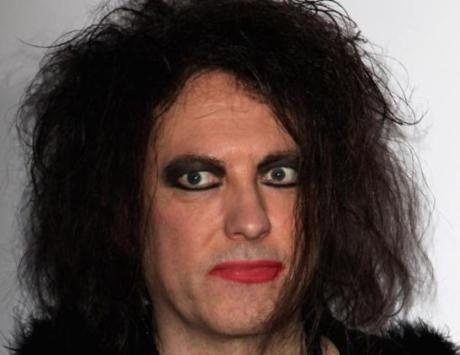"Robert Smith: ""Thatcher era soberbia y tonta"" 10"