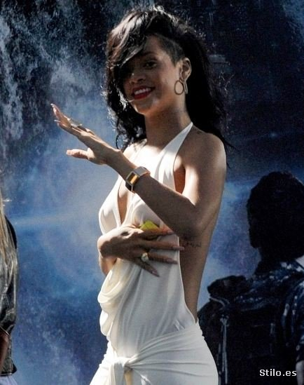 rihanna 01 - Celebrities en el momento justo