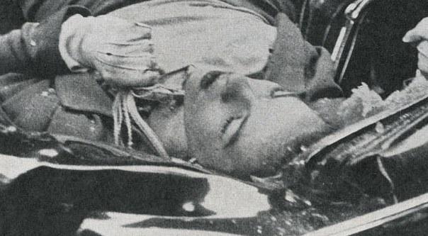 El suicidio más bello jamás fotografiado 30