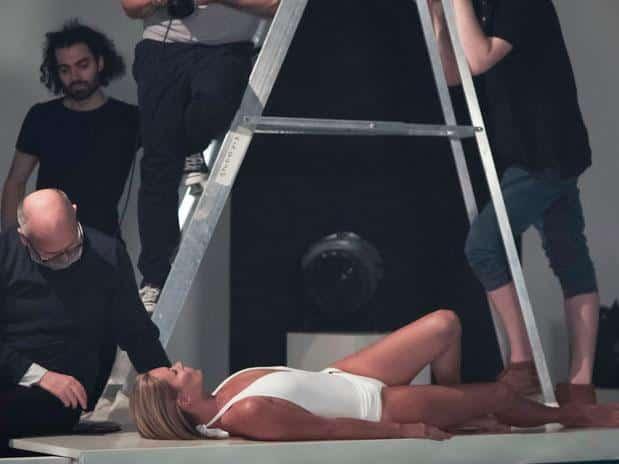 168371259 1 - El desnudo de Kate Moss