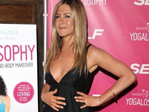 94714cc3a4e0a6040a0523ed4c5d3452 - ¿Jennifer Aniston, embarazada?