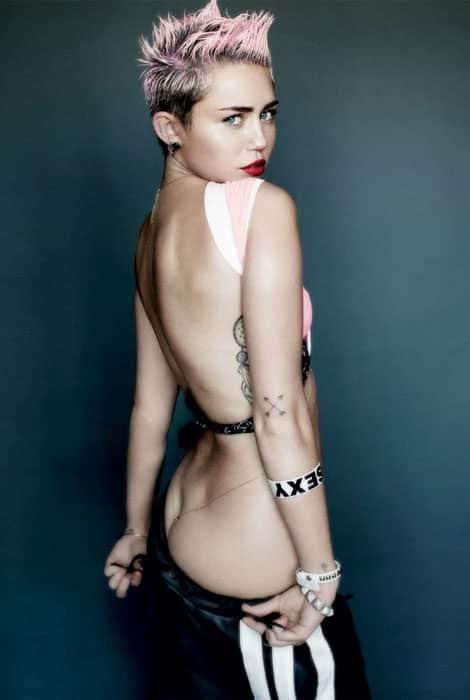 Miley Cyrus se destapa 18