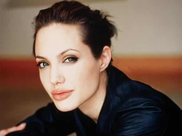 """La carta completa de Angelina Jolie: """"Mi decisión médica"""" 9"""
