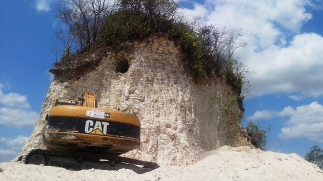 b6c13a43815e940b7c84cec4d50737a6 - Destruyen una de las pirámides mayas más importantes de Belice