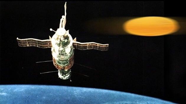 """c1ca95e24fbe1ede6a9d61645099f1fd - El cosmonauta ruso que vio un ovni: """"Había un objeto brillante debajo de la estación espacial"""""""