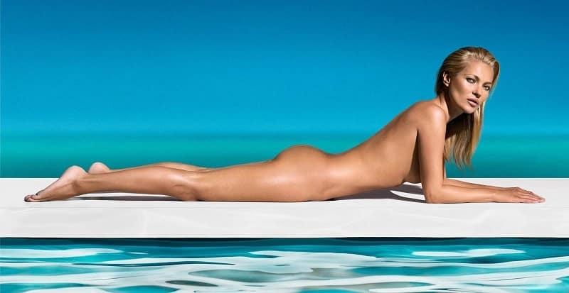kate moss desnuda 2 st tropez 10052013 0 - El desnudo de Kate Moss