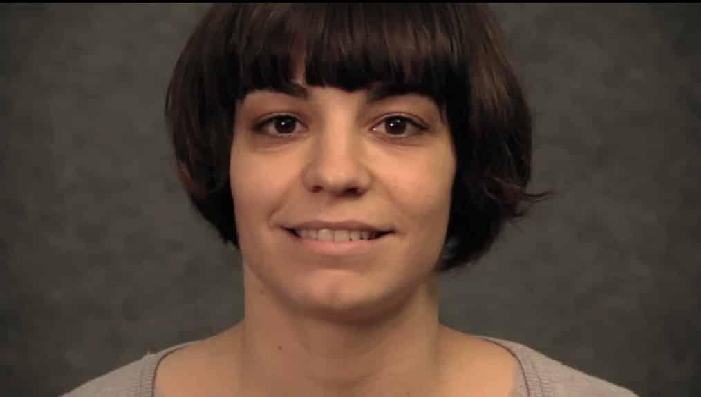 04e46abcd60ba1f44e532f108a994fbf - La PAH publica un vídeo de apoyo a Ada Colau tras los insultos de Alfonso Rojo