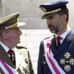 El Rey de España Juan Carlos de Borbón, Abdica pero no admite el desprestigio de la Corona 7