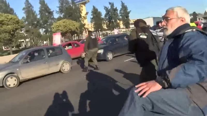 a35e8d813ddfd2b9450d18696a9321b5 - #Video ¿Manipulación policial o Agente suicida en Argentina?