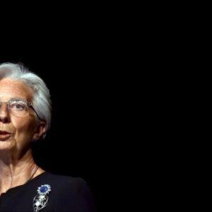 """El FMI dice que la deuda de Grecia  es """"insostenible"""" y pide una quita 7"""