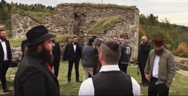 Policia Sueca confunde un club de barbudos con yihadistas 14