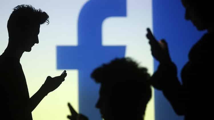 67899e7fd4ecfa2dfbb22dd7dc4be700 - ¿Cuántos amigos de verdad tiene en Facebook? Los científicos dicen que cuatro