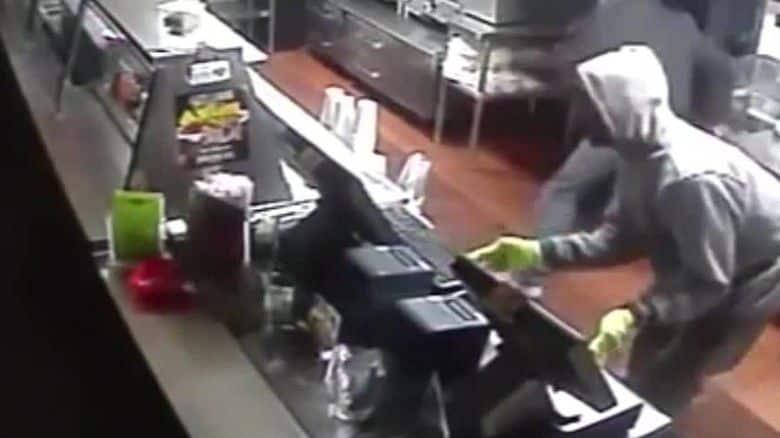 947996830259ca56eff14683b8bab0a9 - Restaurante convierte vídeo de robo en simpático comercial