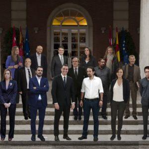 """El posible """"Gobierno del cambio"""" que propone Pablo Iglesias en una foto 10"""