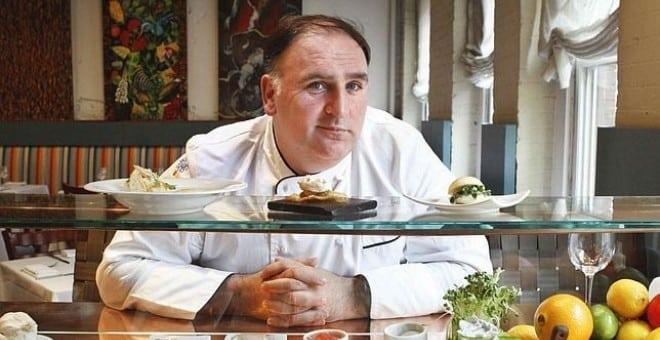El cocinero José Andrés en su restaurante Minibar