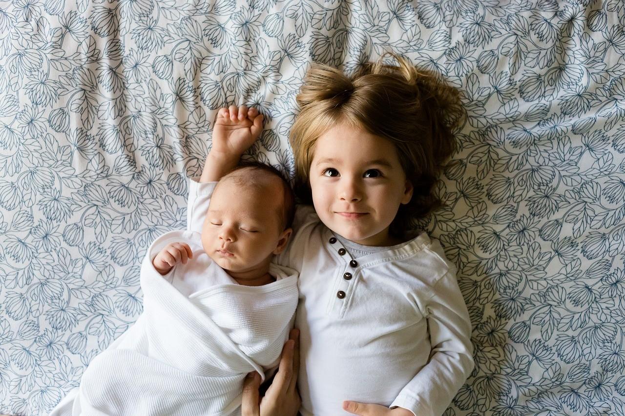 Científicos demuestran que los hermanos menores tienen más posibilidades de ser millonarios 2