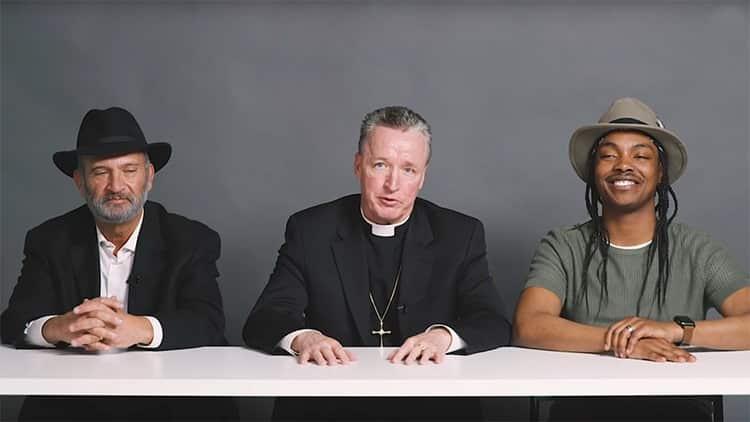 362b5516d98fcd1e0ee5740f7591dc15 - Un rabino, un sacerdote y un ateo homosexual fuman marihuana juntos y esto es lo que ocurre