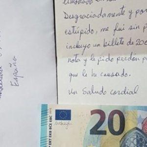 Un bar recibe ESTO de un cliente que se había marchado sin pagar 18