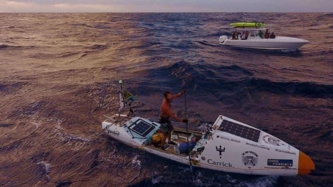Chris Bertish el hombre que cruzó el océano Atlántico solo con un remo y una tabla 150