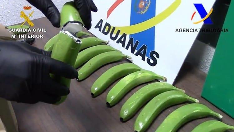 Hallan 17 kilos de cocaína ocultos en un cargamento de plátanos 80