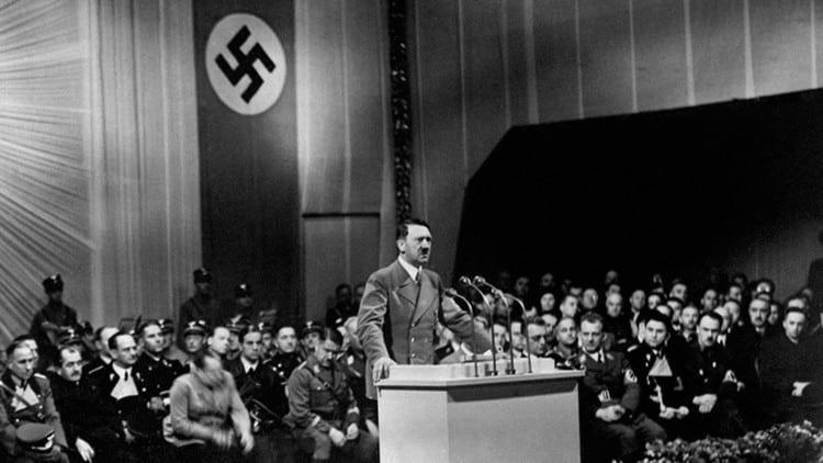 """Kennedy, en su diario: """"No hay evidencia completa de que el cuerpo que se encontró fuera de Hitler"""" 179"""