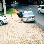 #Video Le intentan robar el coche y esto es lo que hace 7