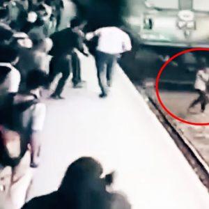 #Video Chica es arrollada por un tren mientras hablaba por teléfono y sobrevive 28