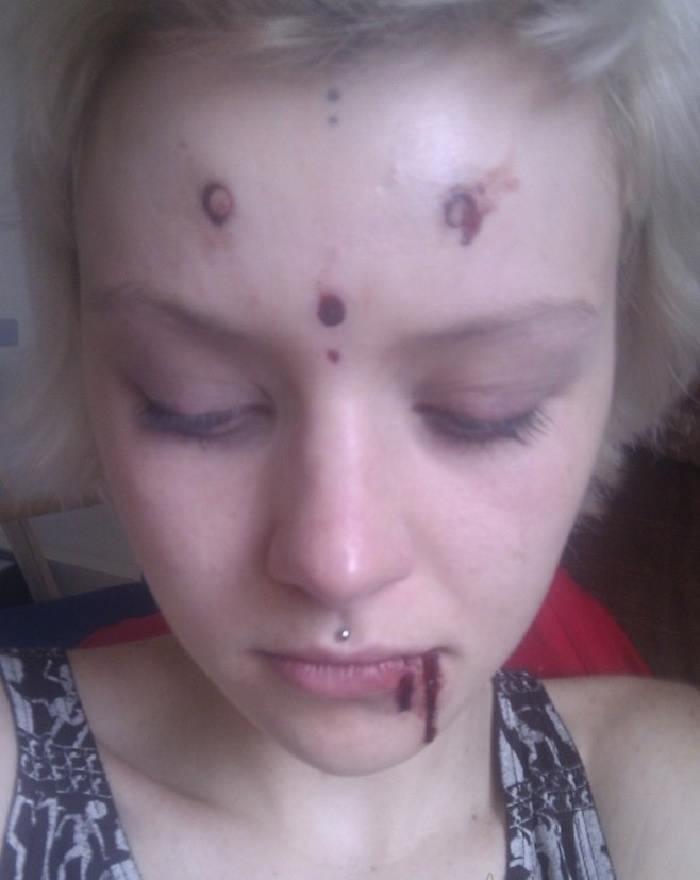 Grace Neutral la chica que se cree una extraterrestre
