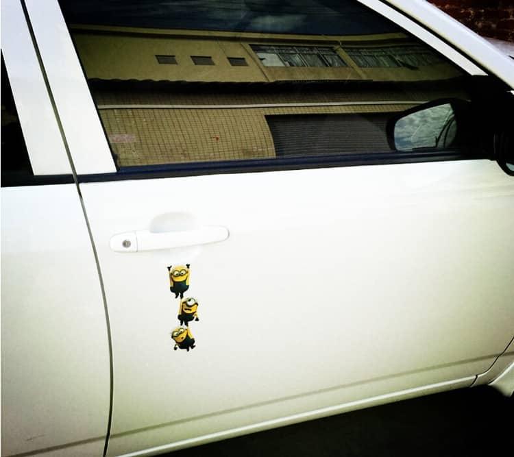 "Pegatina para coche""minions"""