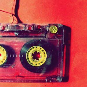 ▷ La radio online crece un 61% en relación a la emisora FM ? 6