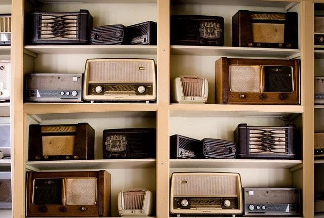 10 Cosas que te ofrece la Radio y la TV no