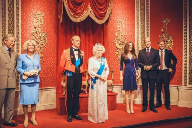 Sorprendentes Reglas Y Tips De La Familia Real Británica 15