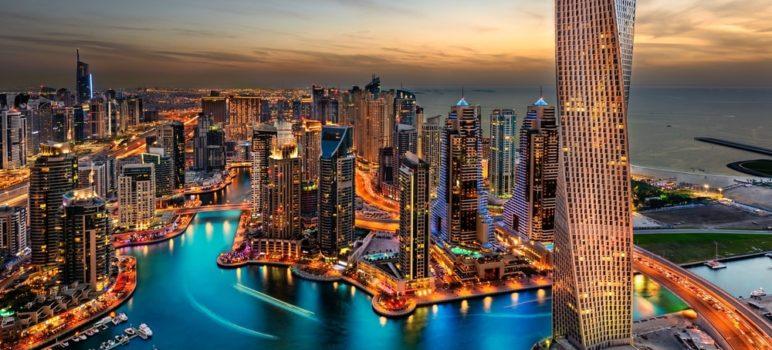 5c946e157a018 772x350 - ¿Cómo Es Vivir En Dubái Un Día?