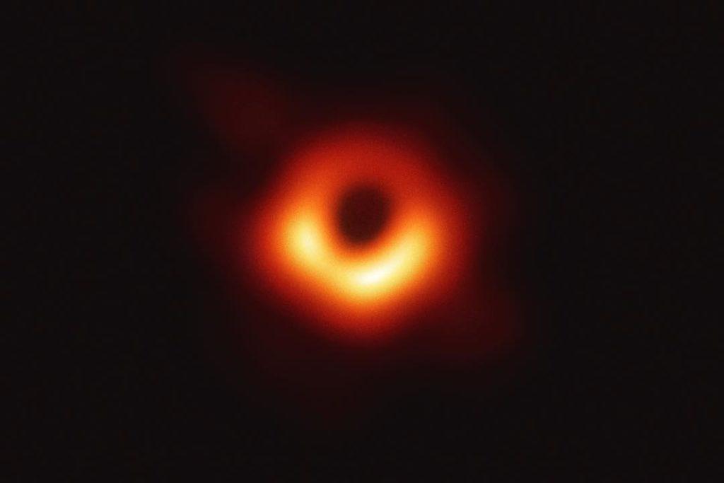 Katie Bouman: la primera foto de un agujero negro gracias a una mujer 48