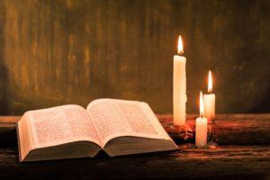 biblia negra 4 300x200 - La Biblia Negra – Biblia Satánica