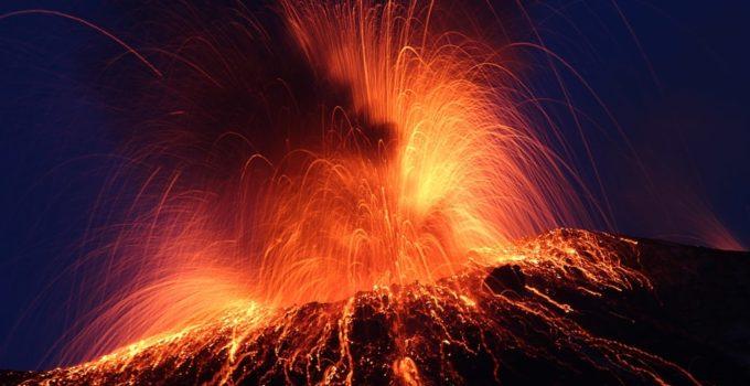 volcan00 680x350 - Conoce este top de los 10 volcanes activos más peligrosos de todo el mundo