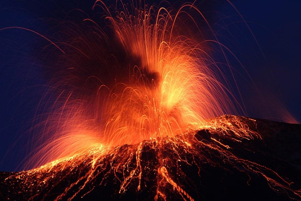 Conoce este top de los 10 volcanes activos más peligrosos de todo el mundo 11