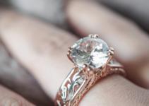 diamante 211x150 - 30 años de Comprarlo en 13$ Descubre que es un Anillo de Diamante