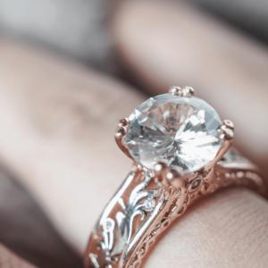 30 años de Comprarlo en 13$ Descubre que es un Anillo de Diamante 26