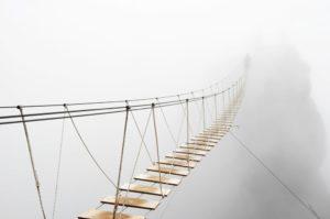 Los 10 puentes  peligrosos e increíbles del mundo 37