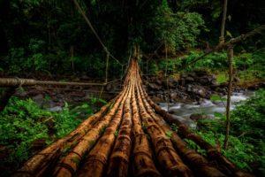 Los 10 puentes  peligrosos e increíbles del mundo 42