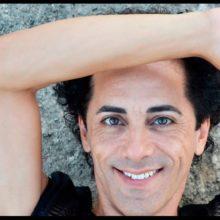 Maloy, actor, escritor y cantante