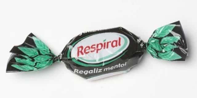 Prevenir el dolor de garganta con caramelos