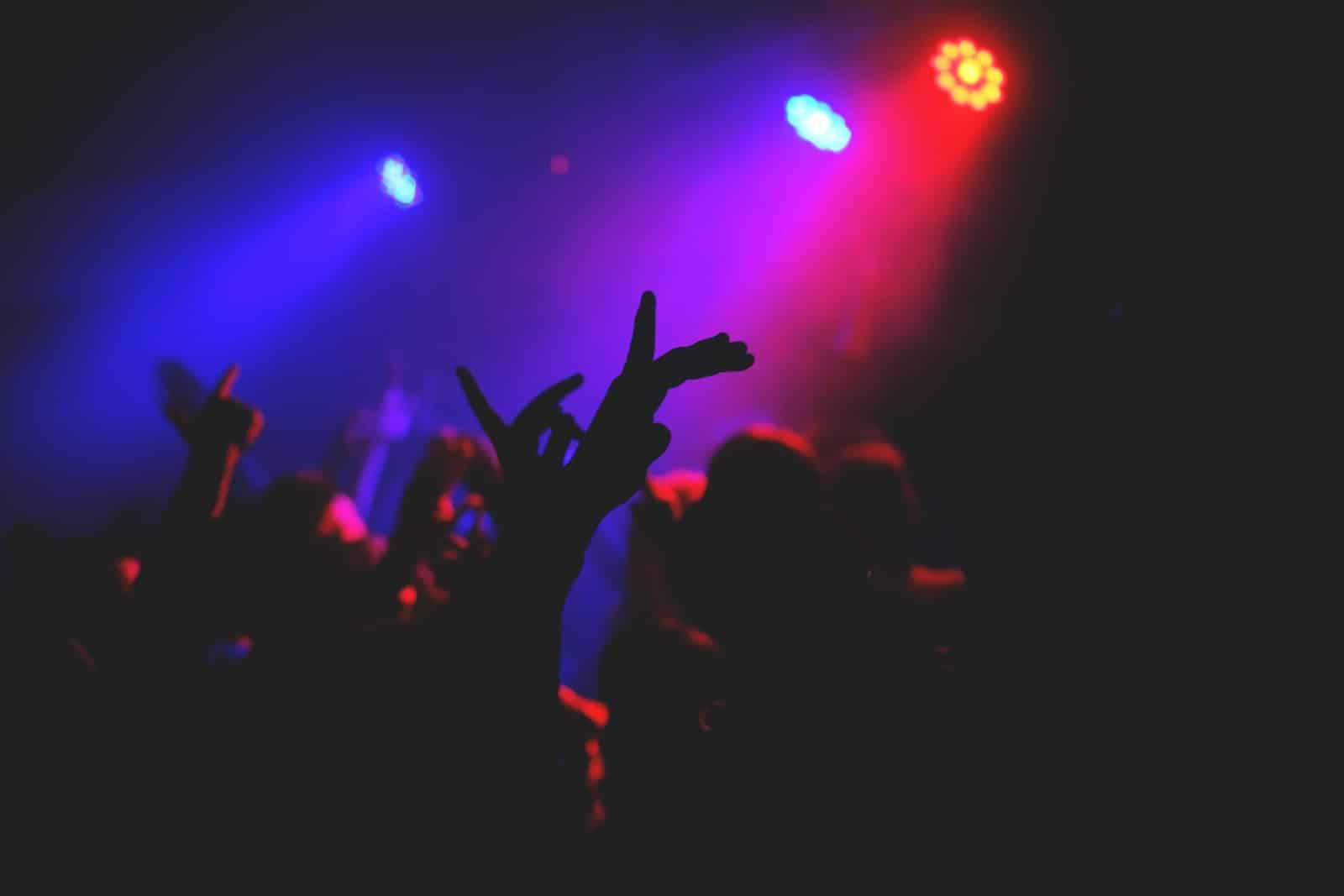 ¿Cuándo abrirán las discotecas en Europa?